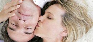 Поцелуй в щеку сонник
